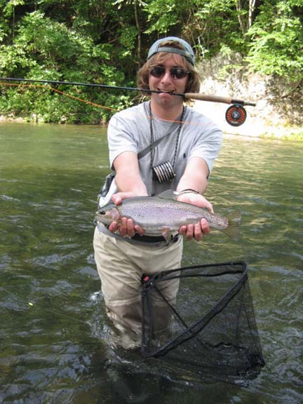 Stonesthrow on jackson river tailwater fly fishing lodge for Fly fishing virginia